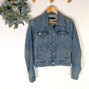 3x1 Distressed Wash and Ripping Jean Jacket